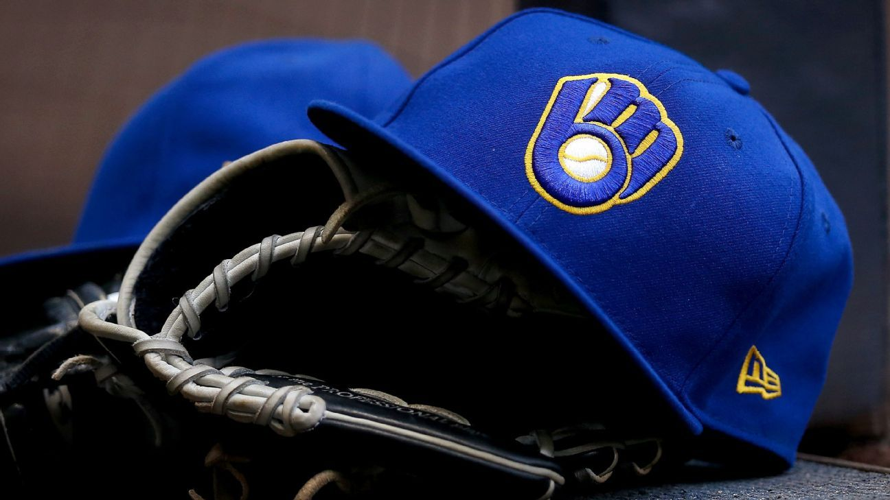 Report – Brewers to discuss whether to play Wednesday's game vs. Reds – ESPN