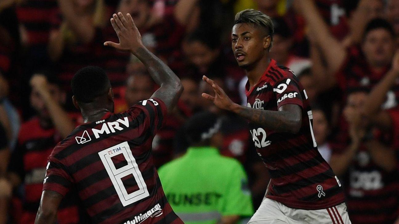 Com eliminação da Champions League, Benfica cria prejuízo milionário e deixa dupla do Flamengo mais longe