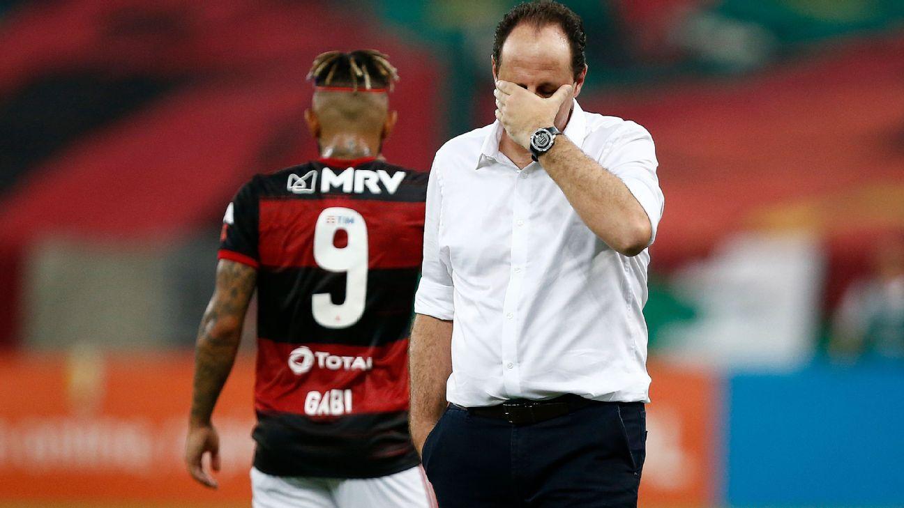 Flamengo: Ceni culpa 'erros grotescos' de jogadores por derrota e dispara:  'Impossível treinar mais finalização do que a gente já treina'