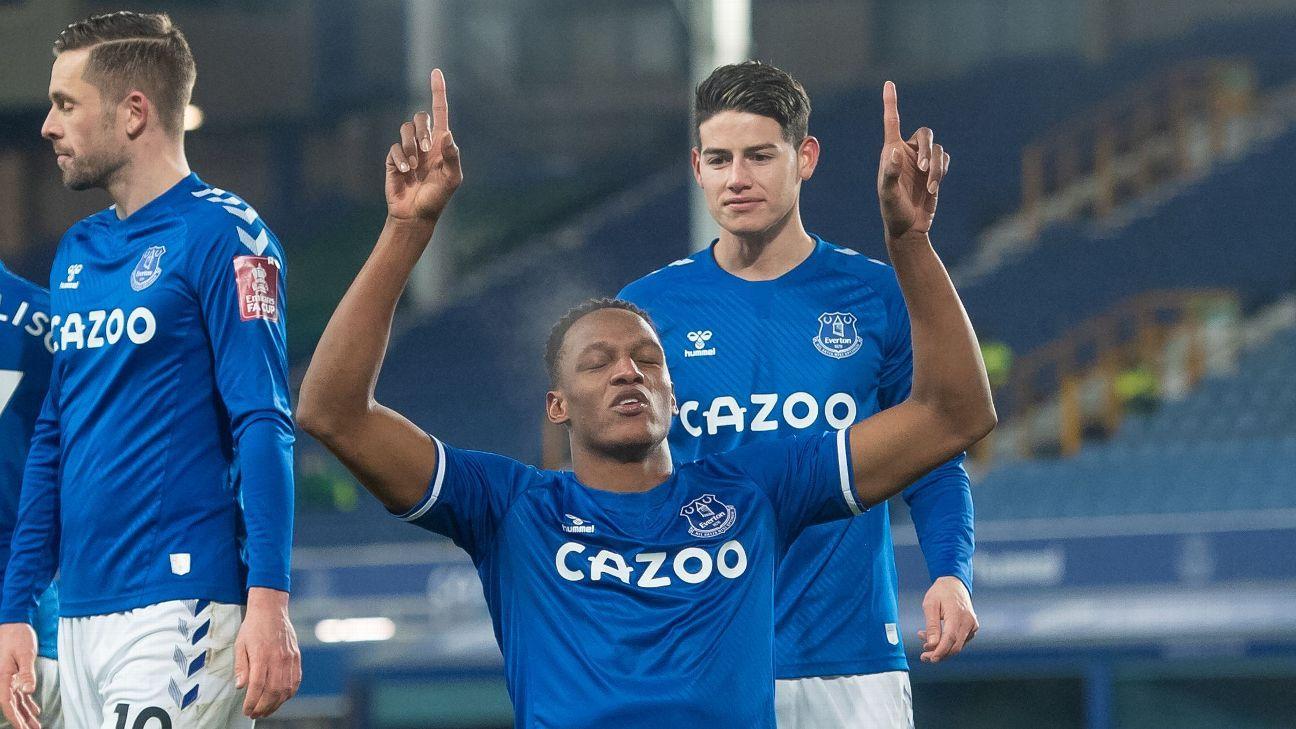 Doble asistencia de James y gol de Mina para la clasificación de Everton a octavos de la FA Cup