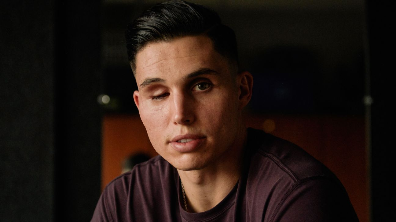 Robinson, after losing eye, makes Triple-A roster