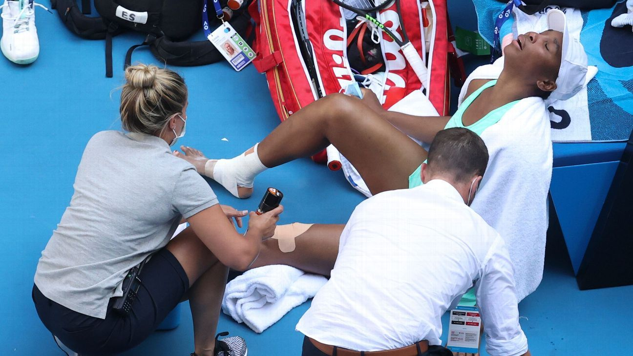 Venus Williams Loses to Sara Eraani After Injuring Right Ankle at Australian Open