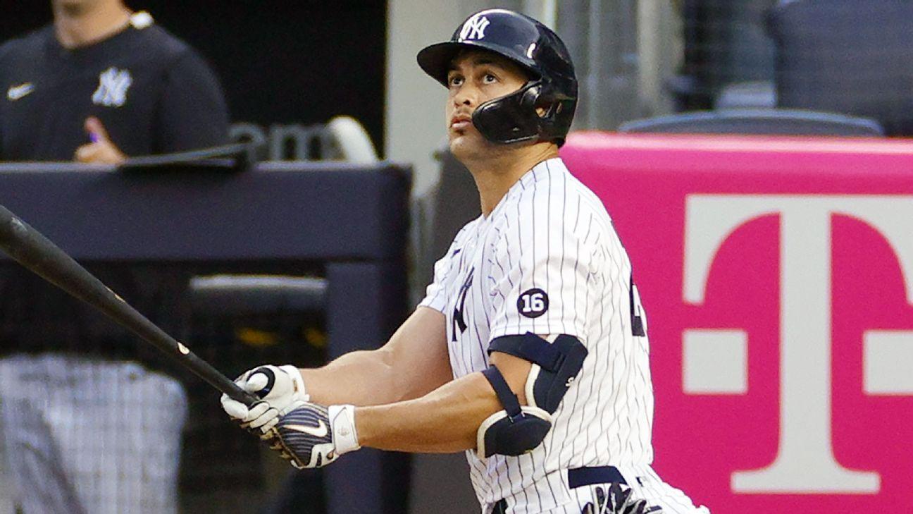 New York Yankees' Giancarlo Stanton (quad) day-to-day; Aaron Hicks has torn tendon sheath
