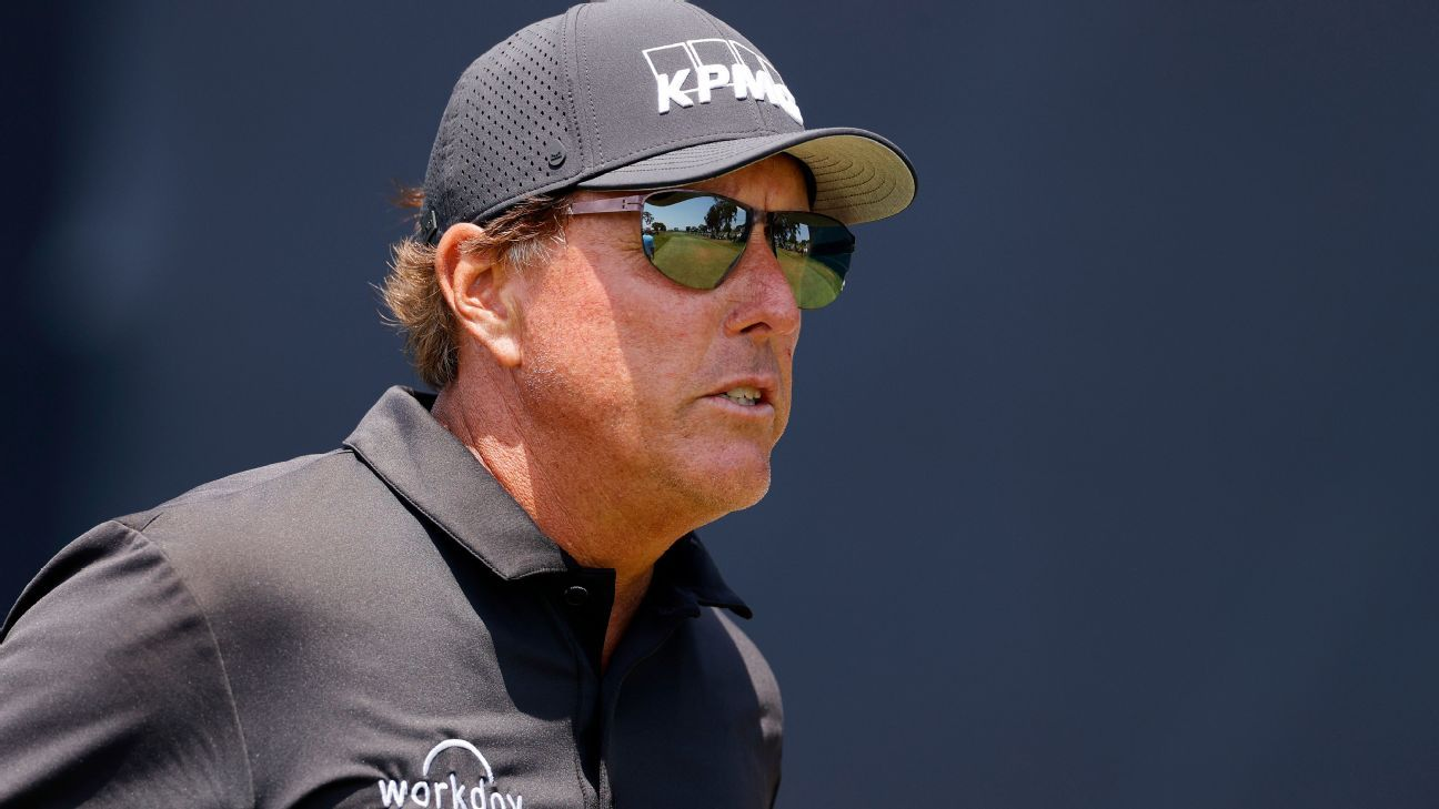Phil Mickelson finishes U.S. Open 11 over but praises Torrey Pines course – ESPN