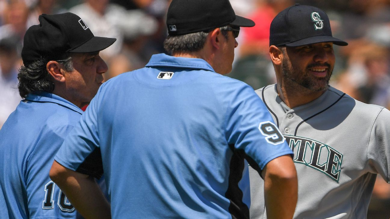 Seattle Mariners pitcher Hector Santiago to appeal 10-game ban for foreign substance on glove
