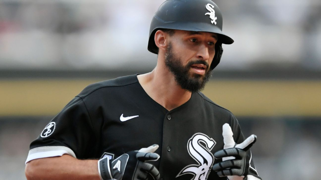 White Sox rookie Seby Zavala first in MLB history to hit his first three career home runs in same game