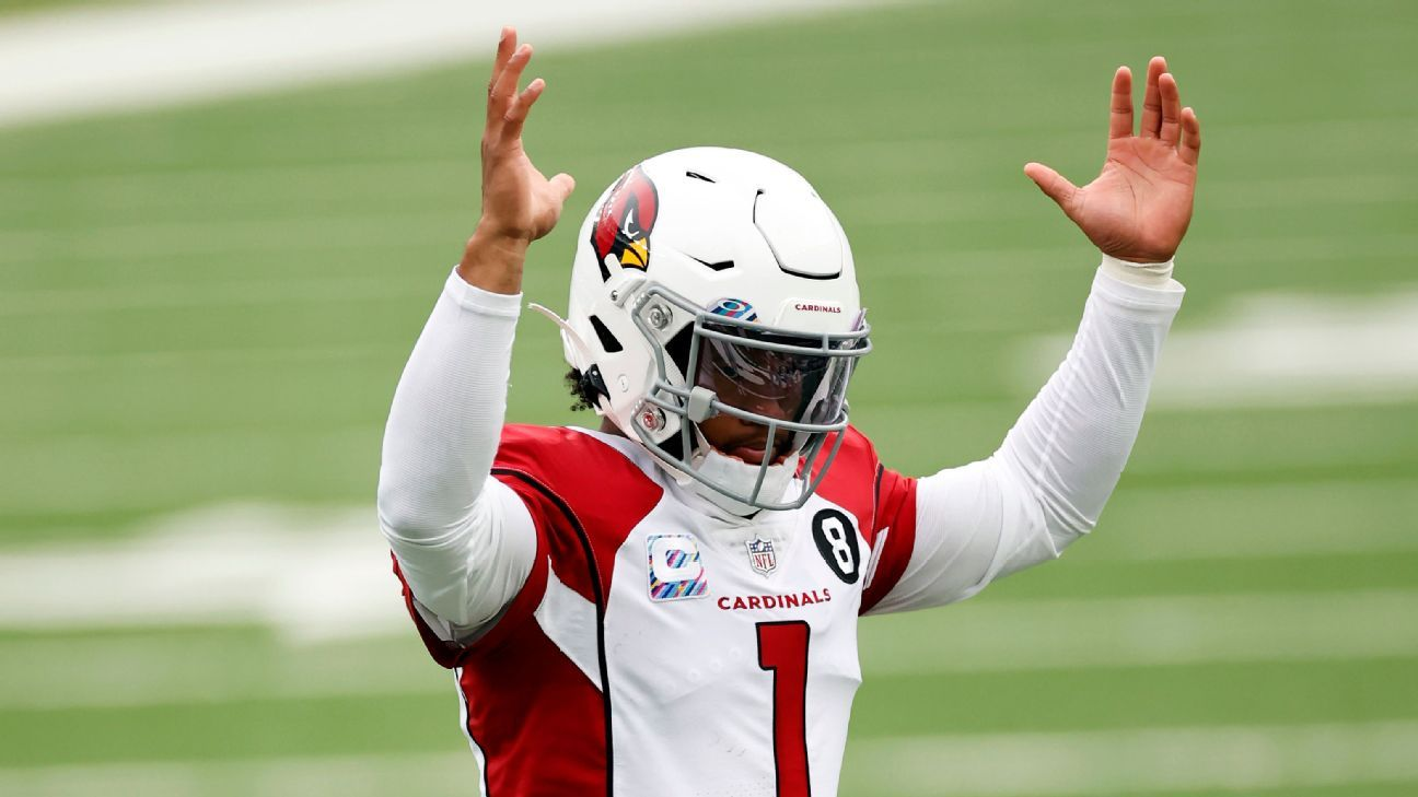 Fantasy football 10-team, 2-QB mock draft: Pass on QBs at your own risk