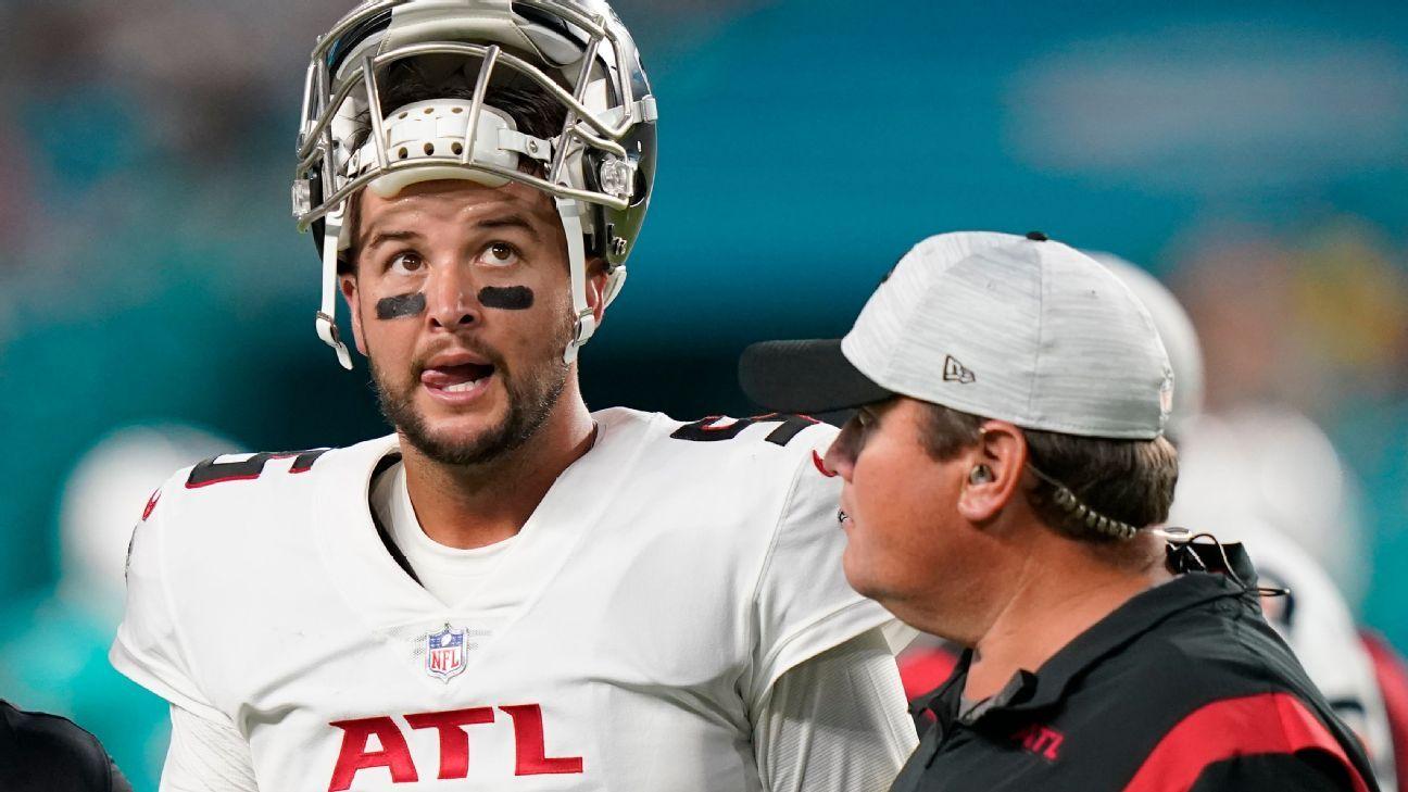 Atlanta Falcons lose backup QB AJ McCarron to torn ACL