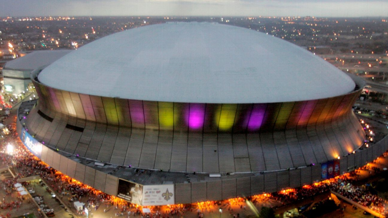 Superdome roof catches fire in New Orleans; one injured with minor burns