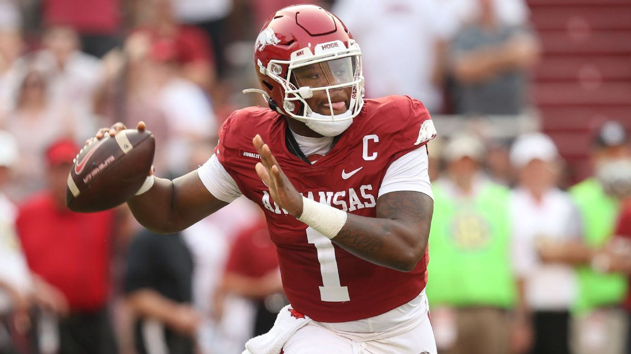 College football Week 4: Arkansas-Texas A&M in the Southwest Classic, Notre Dame-Wisconsin and more