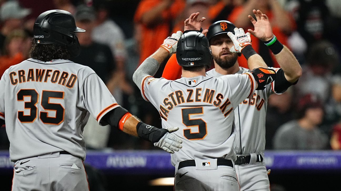 San Francisco Giants first in MLB to reach 100 wins