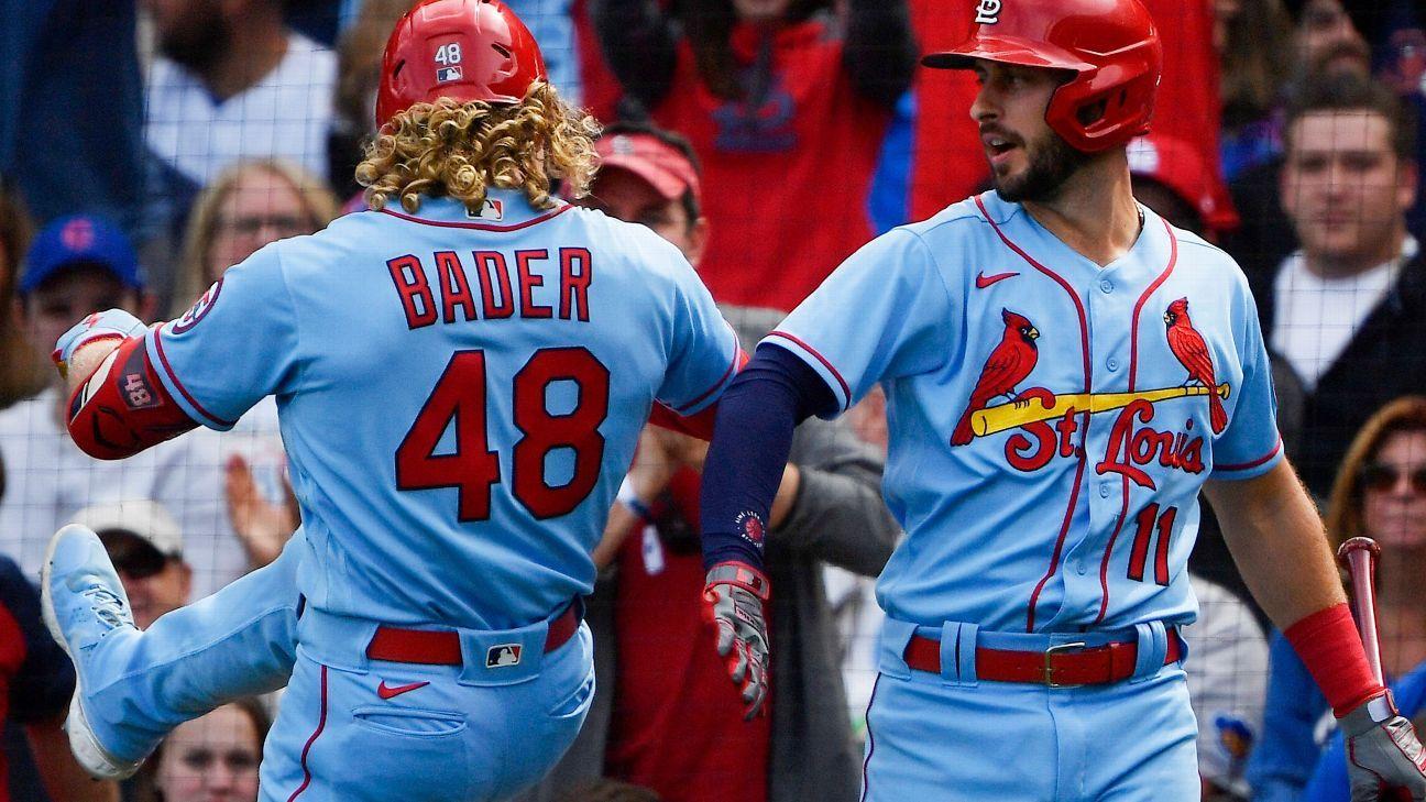Cardiac Cardinals rally, post 15th straight victory