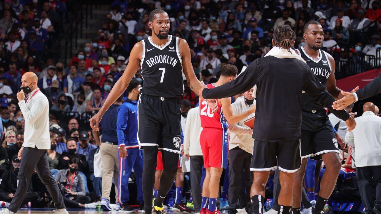 Durant faz triplo-duplo, Aldridge 'volta no tempo', e Nets vencem 76ers em jogaço na Philadelphia