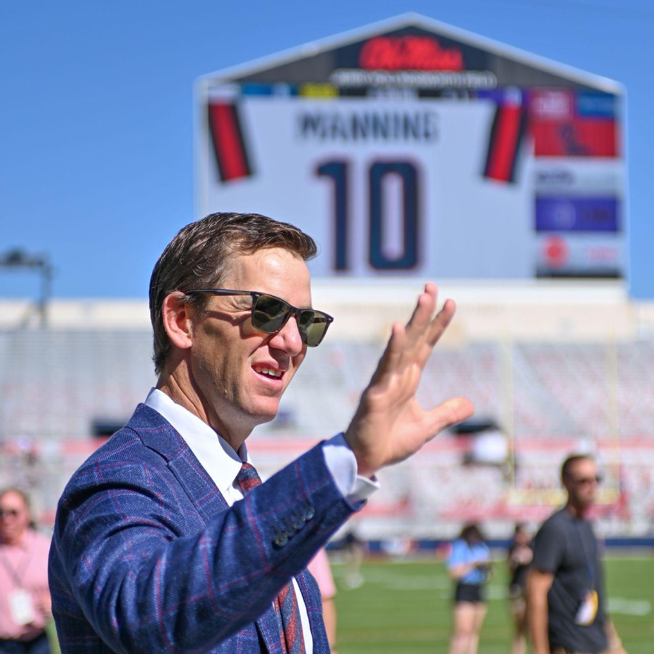 Ole Miss Rebels retire Eli Manning's No. 10 jersey