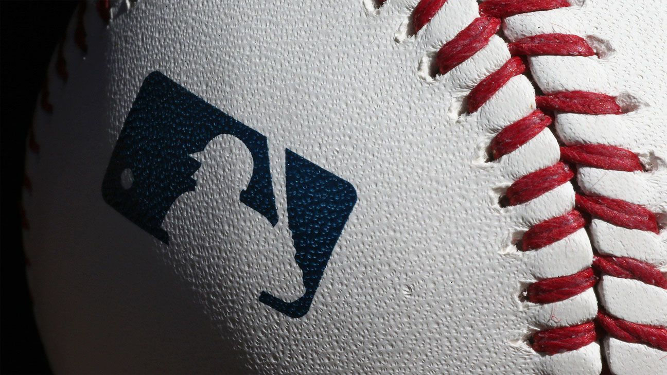 MLB to part with Topps, strikes deal with Fanatics