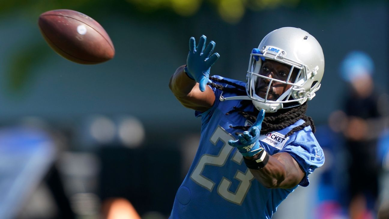 The Detroit Lions tells CB Desmond Trufant that he will be released, says the source