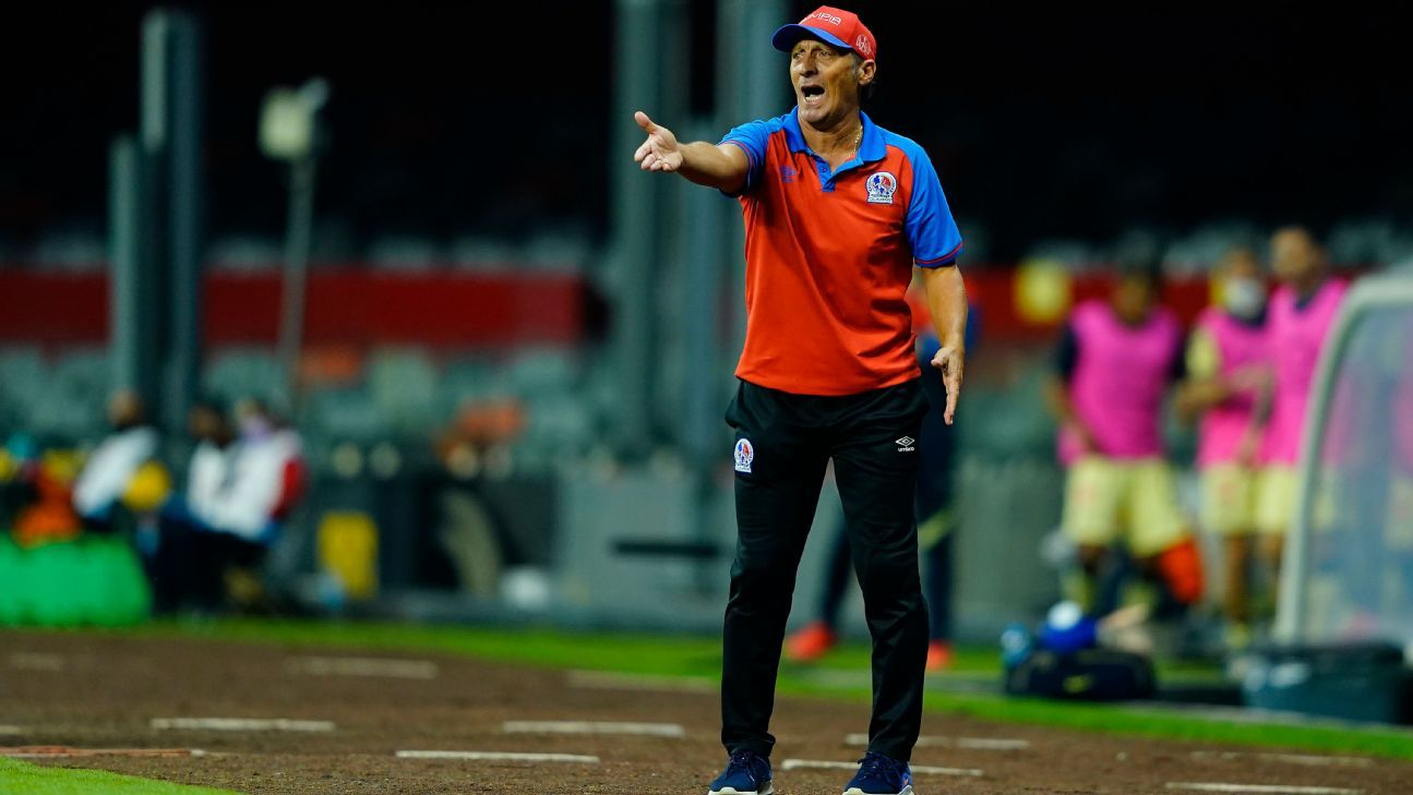 Pedro Troglio, Olimpia's coach, doesn't understand America's complaints;  Concacaf champion sees him