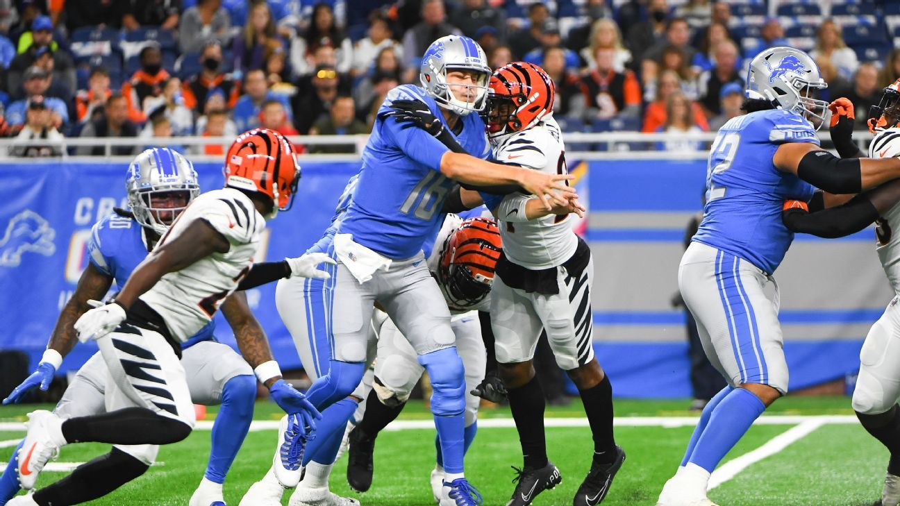 <div>Campbell: Goff needs to 'step up' for 0-6 Lions</div>