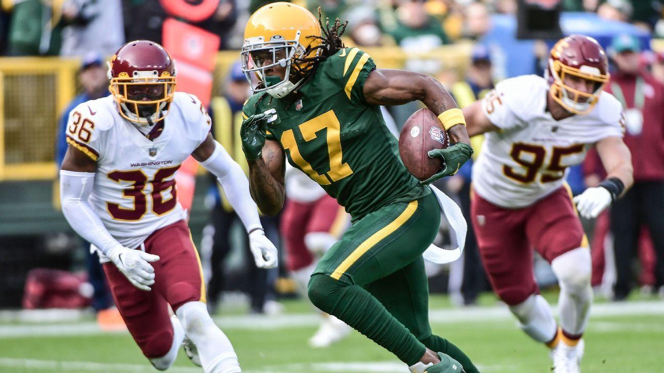 Green Bay Packers xếp ngôi sao WR Davante Adams vào danh sách COVID-19